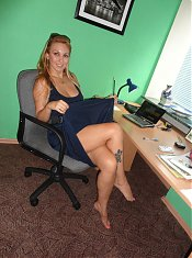 Blonde mature ex girlfriend Sonya takes a break from work and goes for self pleasure in this scene